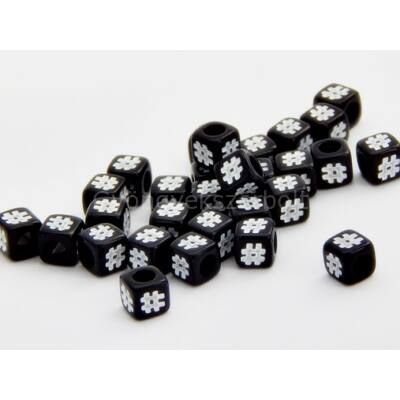 Fekete akril # kocka gyöngy 7x7