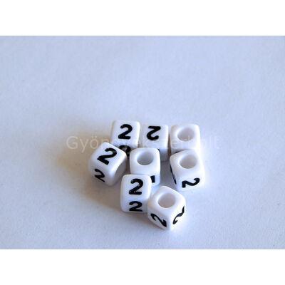 Fehér akril 2 kocka gyöngy 7x7