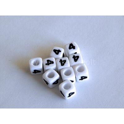 Fehér akril 4 kocka gyöngy 7x7