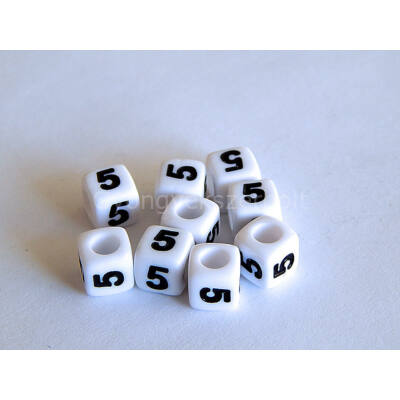 Fehér akril 5 kocka gyöngy 7x7