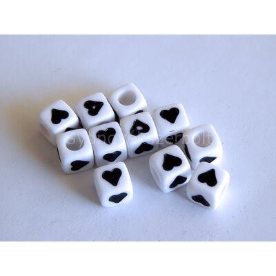 Fehér akril szív kocka gyöngy 7x7