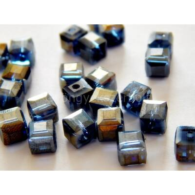 Midnight CSEH csiszolt kocka üveggyöngy 6x6 mm