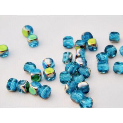 Kék ara cseh préselt kocka üveggyöngy 6 mm