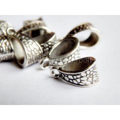 Antik ezüst pikkelyes medáltartó