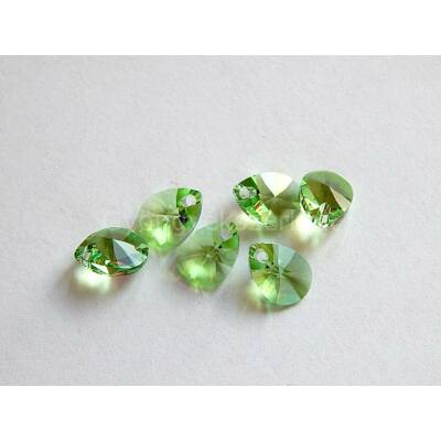 SWAROVSKI xilion mini pear peridot 10x7.5mm